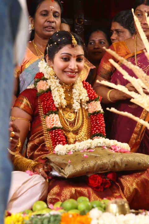 Muthoot daughter wedding